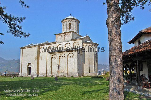 crkva sveti ahilije 9